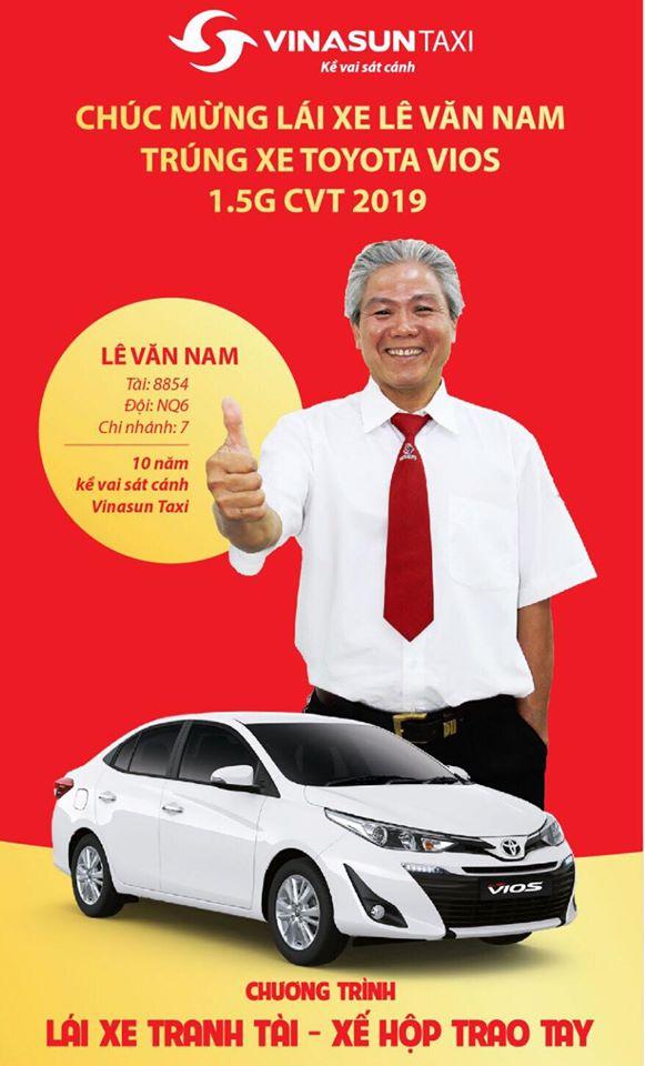 Chúc mừng lái xe trúng giải đặc biệt 'Lái xe tranh tài - xế hộp trao tay''