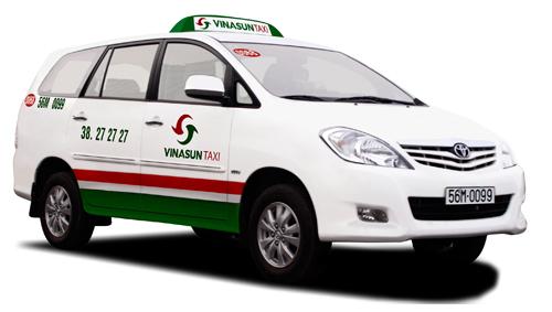 http://www.vinasuntaxi.com/Data/Sites/1/media/Taxi-7cho-innova.jpg